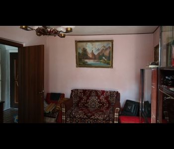 1763 APARTAMENT DOUA CAMERE, OSTROVENI.